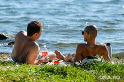 Городской пляж на Шершневском водохранилище во время режима самоизоляции. Челябинск, жара, лето, отдыхающие, городской пляж шершневский, пляж, отдых