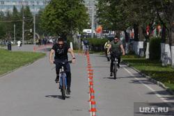 Город в период самоизоляции 27 мая 2020. Пермь, велосипедисты, улица ленина пермь