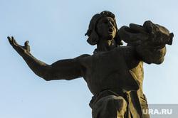 Памятник Добровольцам-танкистам. Челябинск, монумент, памятник танкистам, скульптура танкист