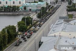 Парад Победы на площади 1905 года. Екатеринбург, военная техника, военные, проспект ленина