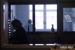 Визит губернатора СО и Чулпан Хаматовой в ОДКБ №1. Екатеринбург, палата, врач, больница