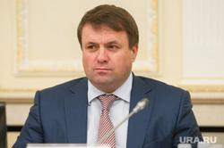 Президиум в резиденции губернатора по строительству жилья для сирот. Екатеринбург, карамышев александр