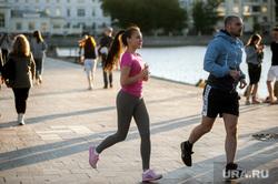Екатеринбург во время пандемии коронавируса, пробежка, эпидемия, горожане