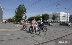 Город в период самоизоляции 27 мая 2020. Пермь, велосипедисты