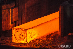 Нижнесалдинский металлургический завод. Нижняя Салда, металлургия, раскаленный металл, завод