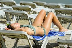 Частный пляж «Западный». Челябинск, загар, лето, пляж, отдых, лежаки, пляжный сезон