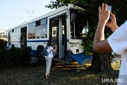 ДТП с автобусом на Плотинке. Екатеринбург, емуп моап, автобус, гортранс, городской транспорт, автопредприятие