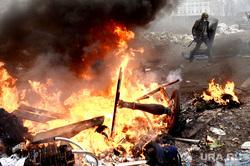 Майдан. Украина. Киев, дым, майдан, беспорядки, революция, война, огонь