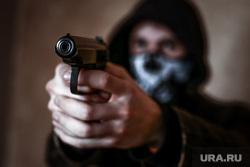 Клипарт по теме Насилие. Москва, убийство, оружие, пм, ограбление, ауе, криминал, преступление, бандитизм, разбой, братки, киллер, пистолет, макаров, разборки, стрелка, заказное убийство, наемный убийца, молодежные банды