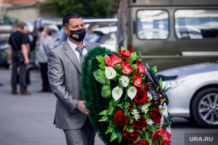 Прощание с главой министерства агропромышленного комплекса и потребрынка Свердловской области Дмитрием Дегтяревым. Екатеринбург