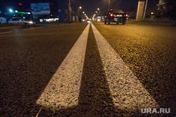Тур Шувалова по дорогам. Сургут, асфальтовое покрытие, двойная сплошная, разделительная полоса, дорога