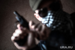 Клипарт по теме Насилие. Москва, убийство, оружие, пм, террорист, ограбление, ауе, криминал, преступление, бандитизм, разбой, братки, киллер, пистолет, макаров, разборки, стрелка, заказное убийство, наемный убийца, молодежные банды