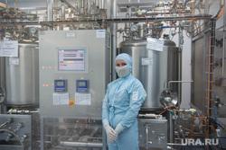 Поездка Евгения Куйвашева в Новоуральск: завод Медсинтез и детский сад №15., производство лекарств