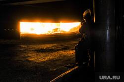 Минэкологии проверило работу ЧЭМК. Челябинск, металлургия, металлургический завод, рабочий, чэмк, челябинский электрометаллургический комбинат, конверторная печь, шихта