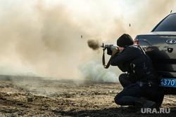Торжественные мероприятия в честь 5-летия отряда ОМОНа. Сургут, росгвардия, стрельба из автомата