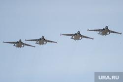 Парад. День победы в Екатеринбурге, воздушная авиация, военная авиация