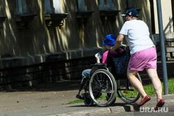 Виды Железногорска, Красноярский край, инвалид, ребенок, коляска