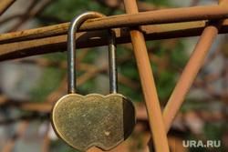 Клипарт. Магнитогорск, отношения, сердечки, молодожены, замок, свадьба, любовь