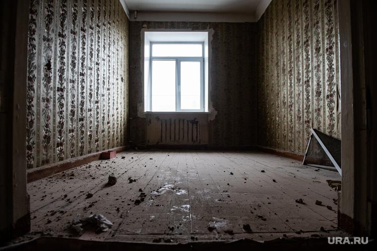 Начало сноса дома на улице Карла Либкнехта, 40. Екатеринбург
