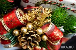 Подготовка к Рождеству Христову в Ново-Тихвинском женском монастыре. Екатеринбург, новогодние украшения, рождество, новый год, новогодние подарки, новогодние игрушки