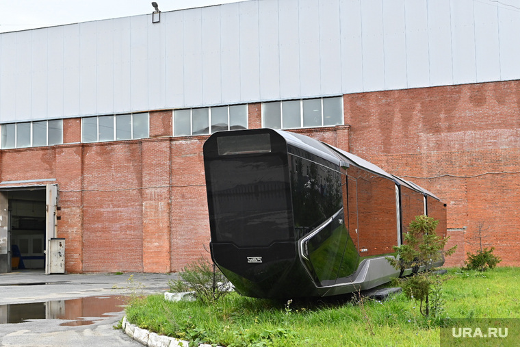 Трамвай R1 на территории Уралтрансмаша. Необр