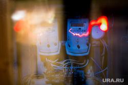 Клипарт по теме ЖКХ. Москва, пробки, чп, жкх, проводка, электричество, электроэнергия, счетчик, щиток, распределительный щит, кз, короткое замыкание, чрезвычайное проишествие, удар током, диф-автомат, автоматический выключатель, предохранитель, электропроводка