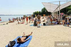 Муниципальный пляж «Первоозерный». Челябинск, песок, лето, жара, пляж, отдых, зной, озеро, пляжный сезон