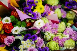 Алексей Текслер встретился с ватерпольной командой «Динамо-Уралочка». Челябинск, розы, букет, цветы