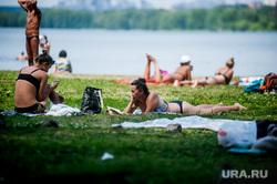 Верх-Исетский пруд во время пандемии коронавиурса. Екатеринбург, жара, лето, пляж, екатеринбург