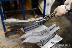 Производство ножей на оружейном предприятии «АиР» в городе Златоуст. Челябинская область, оружие, ножи, аир, производство