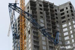 Происшествие с краном на строительстве ЖК iTower. Екатеринбург, кран, строительная площадка, происшествие, строительство, кран упал