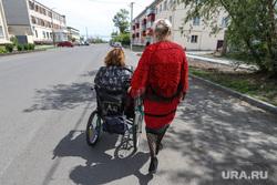 Автопарад в рабочем посёлке Лебяжье.  Курган , инвалидная коляска, инвалиды-колясочники, инвалид
