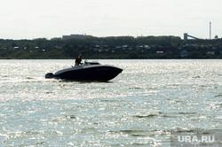 «Путинский» пляж на озере Смолино. Челябинск, катер, лето, жара, водные прогулки, пляж, озеро, водоем, водный транспорт, вода