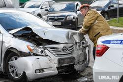 ДТП на пересечении Малышева и Розы Люксембург. Екатеринбург, дтп, авария, разбитая машина