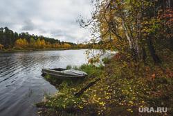 Природа ХМАО. Сургут, река, природа, лодка, осень, пейзаж