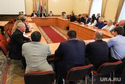 Вручение мандатов депутатам городской Думы. Курган, вручение мандатов, заседание городской думы