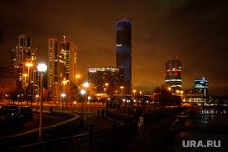 Виды ночного города. Екатеринбург, екатеринбург-сити, ночь, город екатеринбург, вечер, ночной город