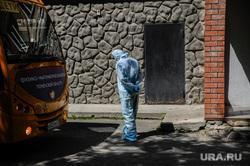 Эвакуация общежития тюменского государственного медицинского университета. Тюмень, эвакуация, общежитие, карантин, коронавирус