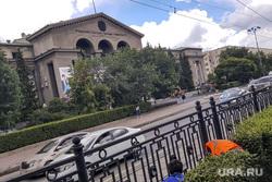 Укладка асфальта напротив УрФУ. Екатеринбург, укладка асфальта, спецтехника, урфу, проспект ленина