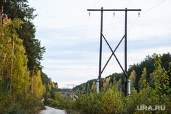 Мост через реку Сысерть. Свердловская область, поселок Луч, линия электропередач, лэп, просека