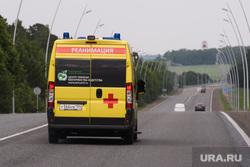 Виды Красноярска, шоссе, трасса, реанимация, машина скорой помощи
