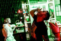 Вечеринка COVID-19 в баре In da USA. Тюмень, алкоголь, in da usa, алгоголь