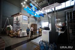 Подготовка стендов к международной промышленной выставке Иннопром-2018. Екатеринбург, подготовка, стенд хмао, монтаж стенда, иннопром 2018