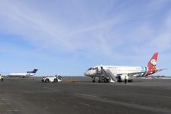 Аэропорт Новый Уренгой. Новый Уренгой, аэропорт, авиакомпания ямал, самолет, взлетное поле