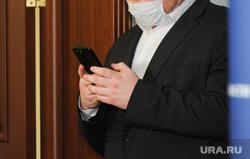 Брифинг Алексея Текслера в медицинской маске по коронавирусу. Челябинск , маклаков роман