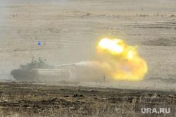 Танковый биатлон. Чебаркульский военный полигон. Челябинская область, военные, оружие, выстрел, танковый биатлон, т72-3б, армия, танк, пламя, огонь
