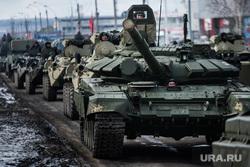 Первая официальная репетиция парада на улице Новосибирская 2-ая. Екатеринбург, военная техника, т-72, танк
