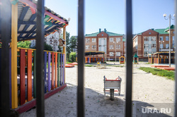 Детские сады. Клипарт. Тюмень, детский сад, детская площадка, забор