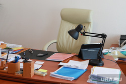 Пресс-конференция в ИРОСТ по проекту непрерывного пед образования. Курган, отставка, пустое кресло, офисное кресло, кресло главы