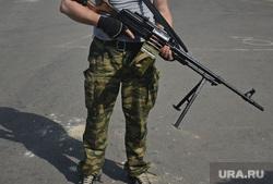 Луганск КПП в руках ЛНР, боец, боевик, пулеметчик, коммандо, десантник